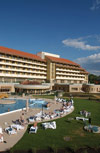 Отель Пелион 4*. Тапольца - курорт. Лечебная пещера. По праву считаеется одним из лучших курортов при лечении заболеваний верхних дыхательных путей: бронхиальной астмы, аллергии, бронхитов, болезней лёгких, хронический трахеит, хронический синусит